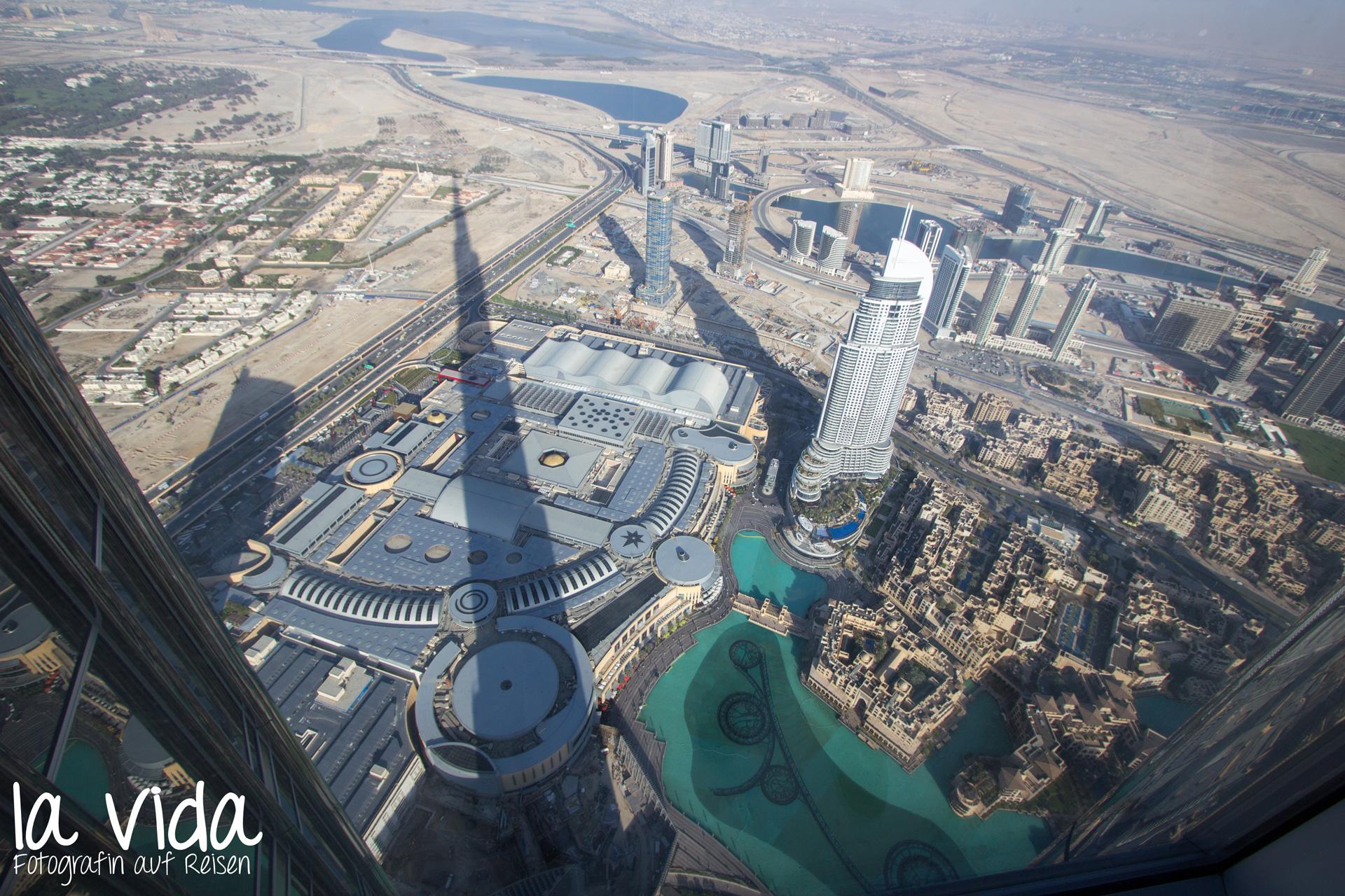 Die riesige Dubai Mall von oben