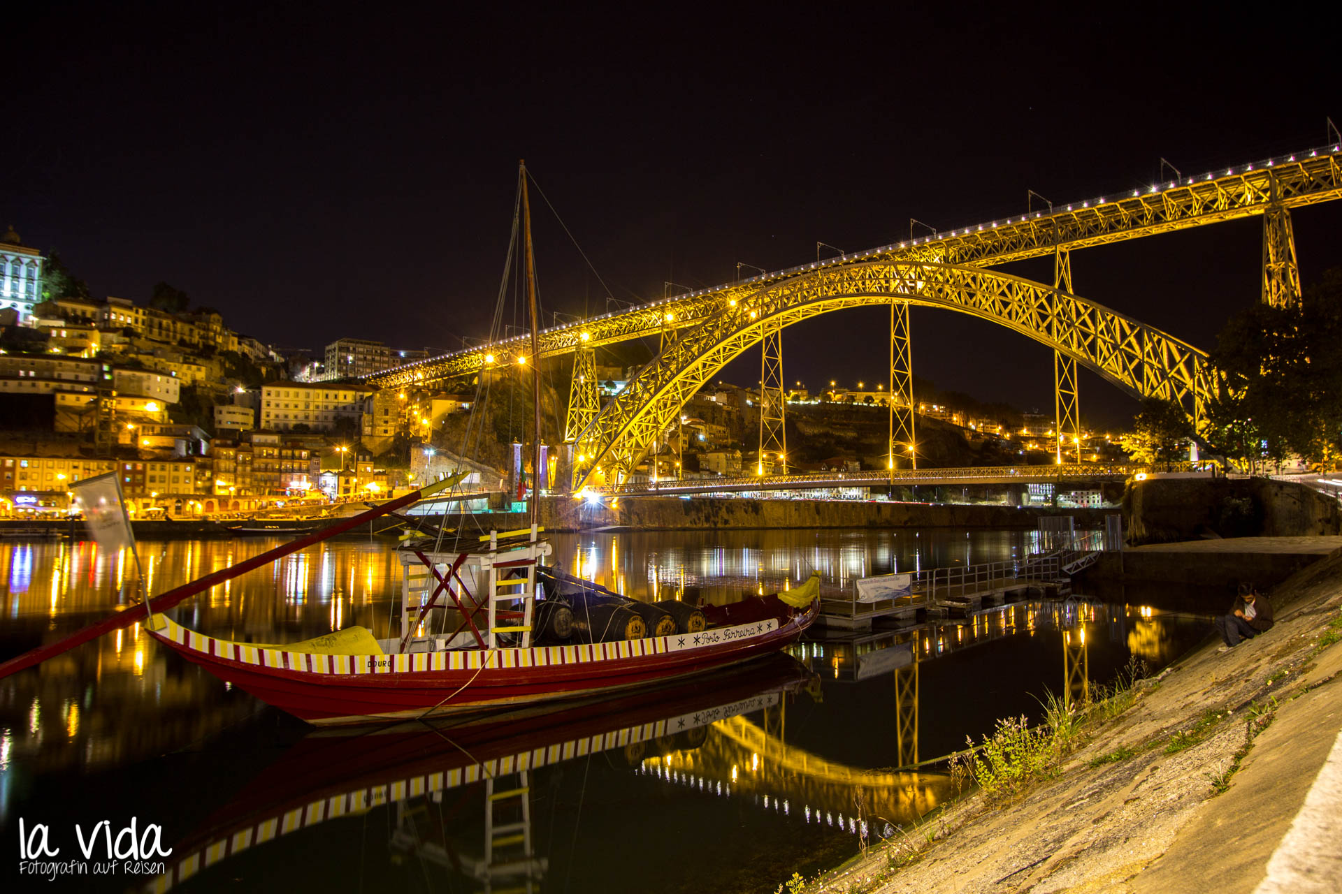 Nachts_Porto_Brücke